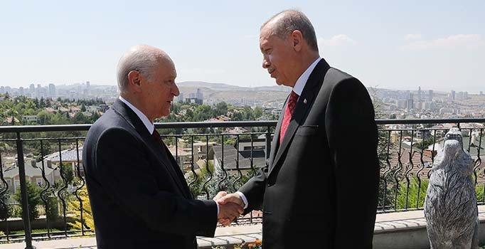 Erdoğan'dan Bahçeli'ye evinde ziyaret