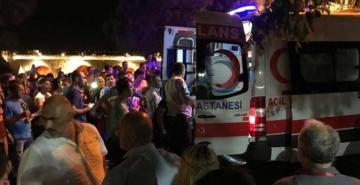 Büyükçekmece'deki festivalde havai fişek paniği: 13 kişi yaralandı