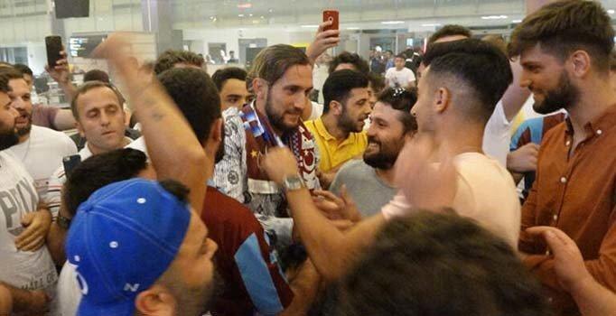 Yusuf Yazıcı, Trabzon'dan gözyaşlarıyla uğurlandı
