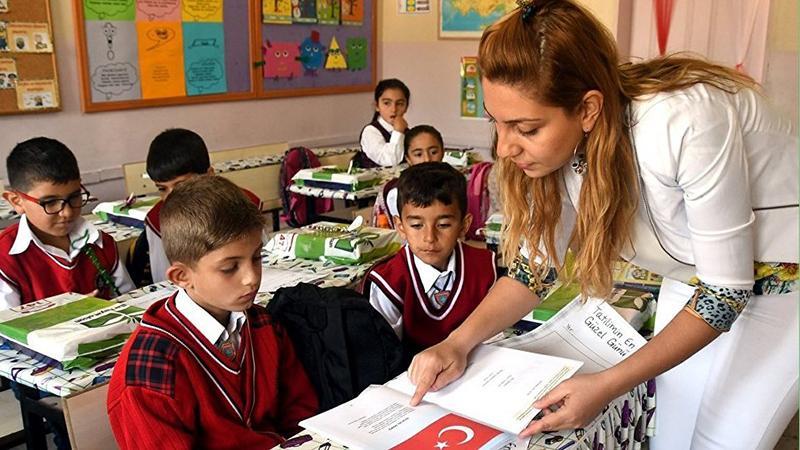 PISA direktöründen Türkiye değerlendirmesi: Yoksul çocuğun şansı kısıtlı, sınav baskısı çok, iyi okul sayısı az