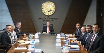 Bakan Varank talimat verdi: Türkiye Uzay Ajansı logosunu arıyor