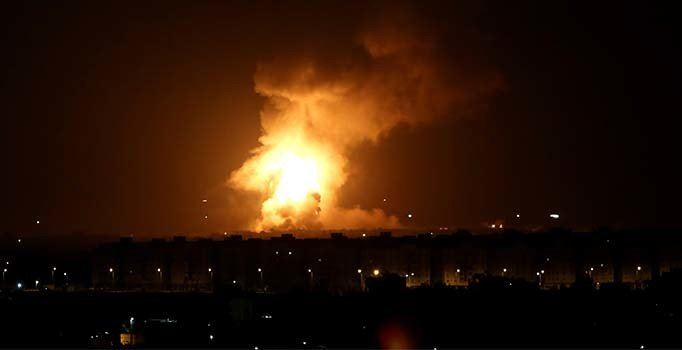 İsrail'den Gazze'ye seri bombardıman!
