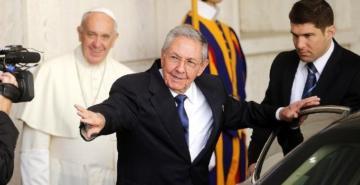 Twitter, Raul Castro ile devlet medyasının hesaplarını askıya aldı
