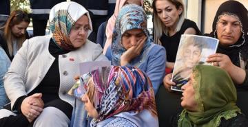 İYİ Parti Sözücüsü Ağıralioğlu'ndan tepki: 'Bakanın HDP önünde ne işi var'