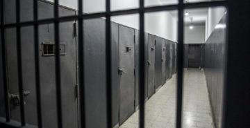 Cezaevinde rüşvet çarkı